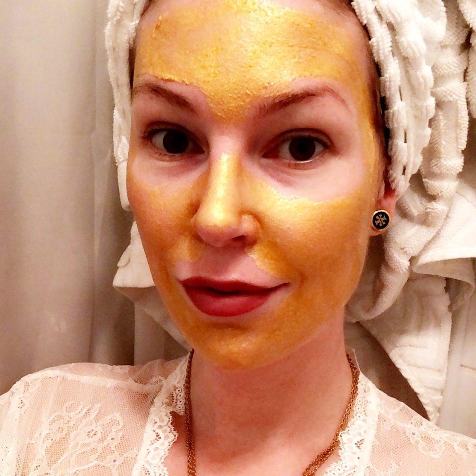 Ansiktsmask med guld – 24 karat