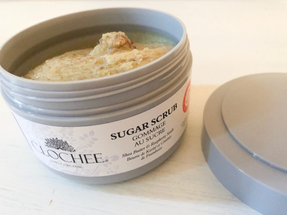 CLOCHEE_Nourishing_Sugar_Scrub_Strawberry